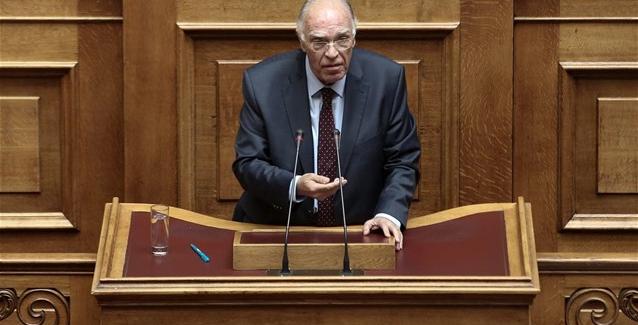 Β. Λεβέντης: Δεν μπορεί υπουργοί να αμφισβητούν την πορεία της χώρας
