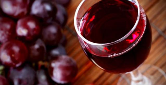 Ένα ποτήρι κρασί την ημέρα το κρυολόγημα κάνει πέρα