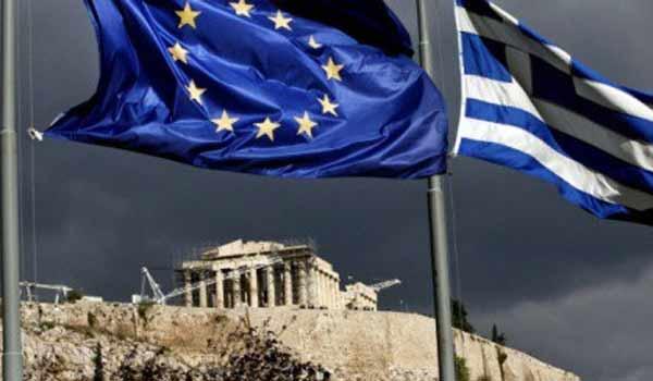 Κομισιόν: Η Ελλάδα επιστρέφει σε τροχιά ανάπτυξης το 2017