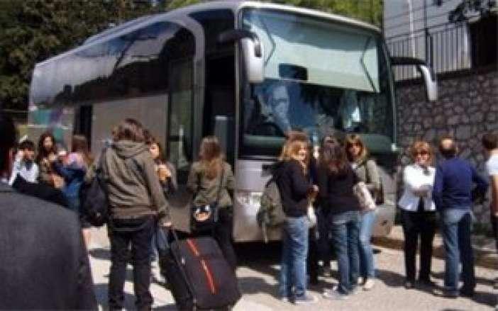 Έλληνες Μαθητές, θύματα ταξιδιωτικού γραφείου, εγκλωβίστηκαν στην Ελβετία !