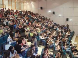«Πράσινο φως» για δίδακτρα μεταπτυχιακών και συγχωνεύσεις ΑΕΙ