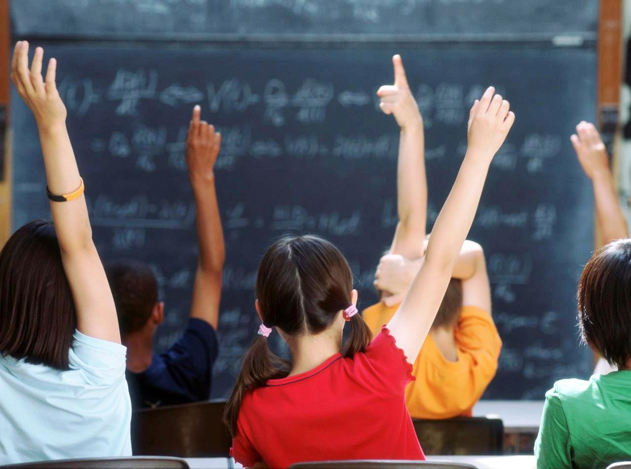 Σ. Τσιόδρας: Ζούμε σε μία κοινωνία όπου χάνεται η επικοινωνία - Τα μέτρα που προβλέπονται για τα σχολεία