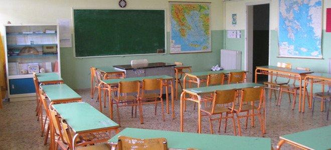 Πάνω από 25.000 εκπαιδευτικοί σε αναγκαστική μετακίνηση, αργία και απόλυση τα επόμενα 2 χρόνια