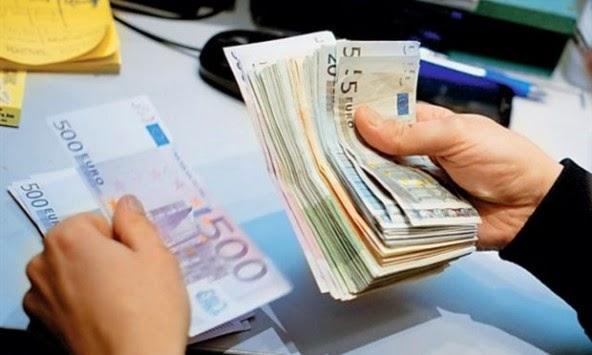 Μειώνουν τους φόρους – Αυξάνεται το αφορολόγητο και πέφτει η έκτακτη εισφορά