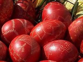 Γιατί το Πάσχα βάφουμε αυγά κόκκινα  ;