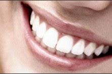 Ελληνίδα επιστήμονας εφηύρε ουσία που αναπλάθει φυσικά τα δόντια!