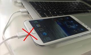 Γιατί να μην φορτίζετε το κινητό από τον υπολογιστή