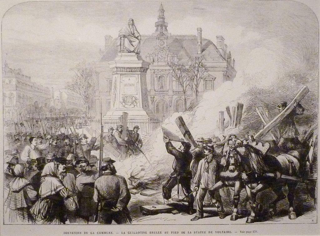 Στις 6 του Απριλίου 1871 καίγεται η γκιλοτίνας στην Πλατεία Βολταίρου, έξω από το δημαρχείο του ενδέκατου διαμέρισματος - Χαρακτικό από το Μουσείο Carnavalet.