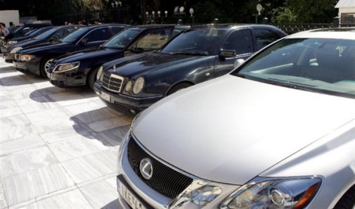 Πρόστιμα - φωτιά σε 2,2 εκατ. ιδιοκτήτες αυτοκινήτων και μηχανών