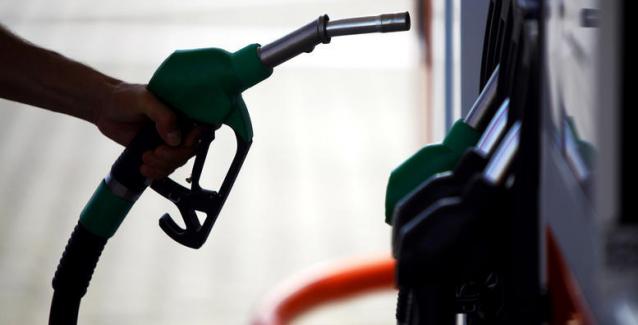 Το λαθρεμπόριο καυσίμων φέρνει νέα λουκέτα στην αγορά