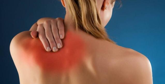 Τι μπορεί να «κρύβει» ο πόνος στην πλάτη
