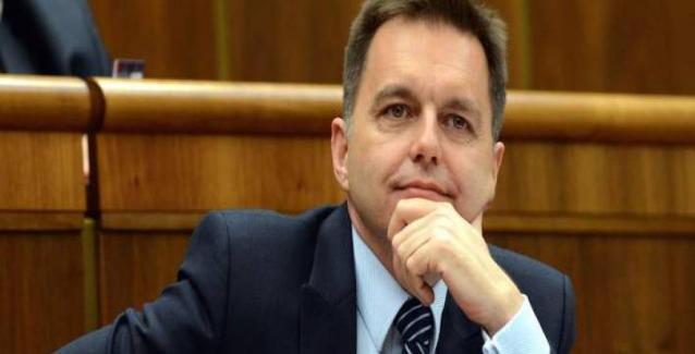 ΥΠΟΙΚ Σλοβακίας: «Δεν διατίθεμαι να πληρώσω για την παραμονή του ΔΝΤ στην Ελλάδα»