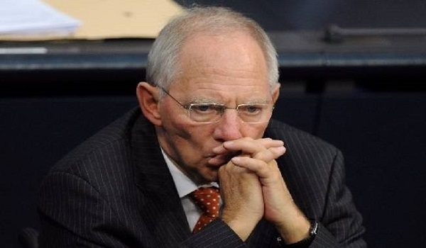 Τώρα ο Σόιμπλε λέει ότι δεν απείλησε ποτέ την Ελλάδα με Grexit