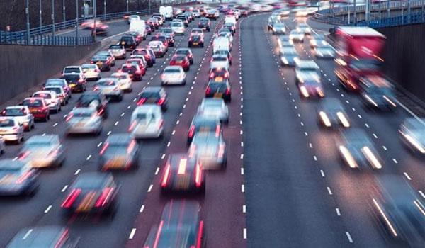Αλλαγές στα τέλη κυκλοφορίας για να ξαναμπούν πινακίδες στα οχήματα