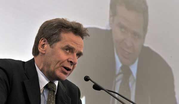 Τόμσεν: Όσες μεταρρυθμίσεις και να γίνουν το χρέος δεν είναι βιώσιμο