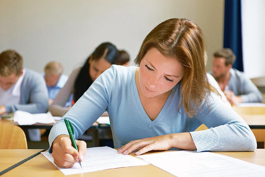 Εξετάσεις ελληνομάθειας σε 5 ηπείρους – 4.500 άτομα σε 156 εξεταστικά κέντρα