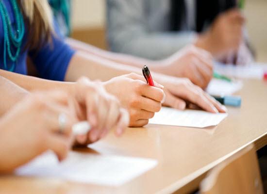 Πανελλήνιες 2017: Τι ορίζει το ΦΕΚ για τις επαναληπτικές εξετάσεις 2017