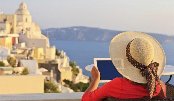 Απλησίαστες για τους Έλληνες τουρίστες οι διακοπές στα νησιά του Αιγαίου