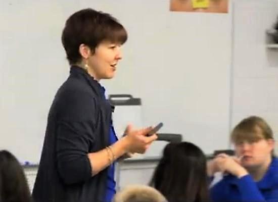 Διεξαγωγή συνεντεύξεων εκπαιδευτικών για την κάλυψη θέσεων κλ. ΠΕ02 Φιλολόγων στο Ευρωπαϊκό Σχολείο Βρυξέλλες ΙΙΙ