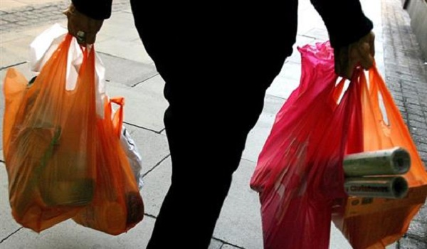 Τέλος οι δωρεάν σακούλες μίας χρήσης στα σούπερ μάρκετ. Τι αλλάζει