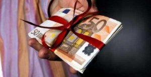 Δώρο Χριστουγέννων 2020: Σε δόσεις οι πληρωμές - Τι ισχύει για όσους είναι σε αναστολή
