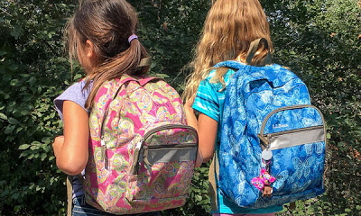 Τσάντα στο σχολείο: Στο σχολείο θα μένει δυο Σαββατοκύριακα το μήνα η τσάντα των μαθητών του δημοτικού