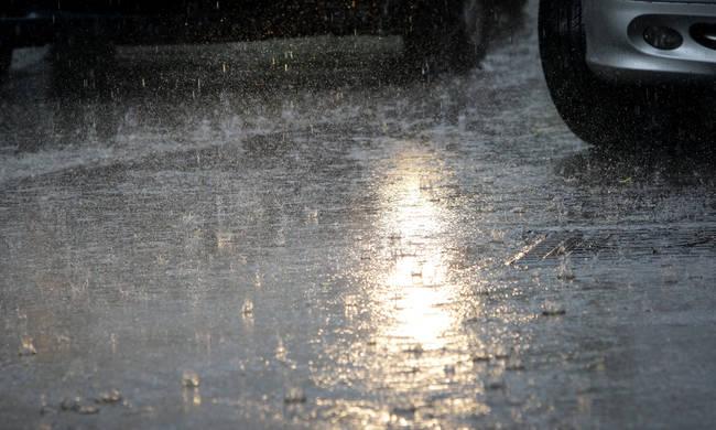 Καιρός: Έρχεται κακοκαιρία – Πού θα «χτυπήσουν» βροχές και καταιγίδες