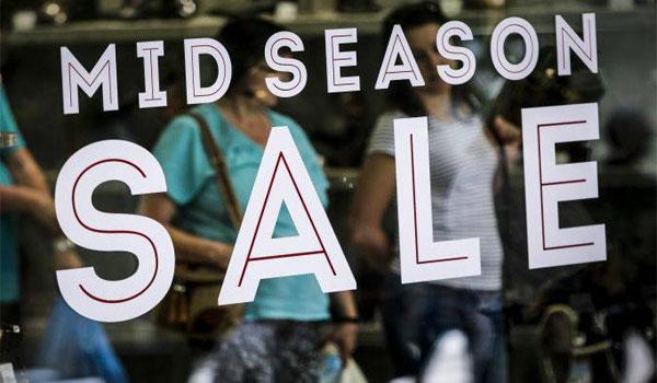 Ενδιάμεσες εκπτώσεις σε καταστήματα -Ποιές Κυριακές θα ανοίξουν