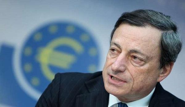 Ντράγκι: Οι μεγαλύτεροι κίνδυνοι για την ΕΚΤ