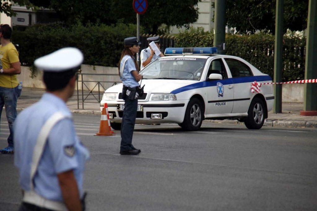 Εκπαιδευτικοί: Αστυνομικοί  ξυλοκόπησαν νεαρούς πολίτες  μπροστά στα μάτια μικρών παιδιών