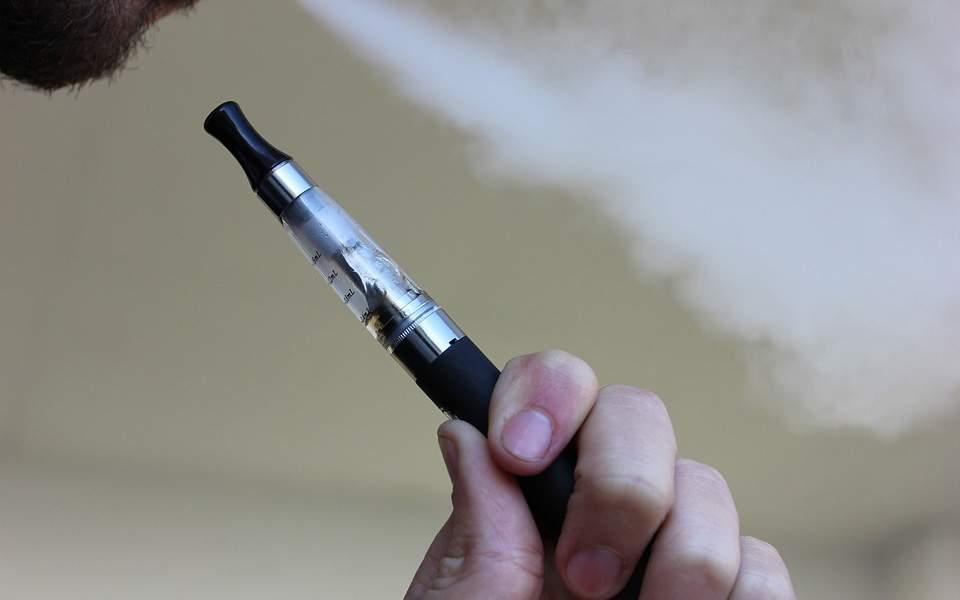 Ηλεκτρονικό τσιγάρο: Τι συστήνουν οι αμερικανικές υγειονομικές αρχές