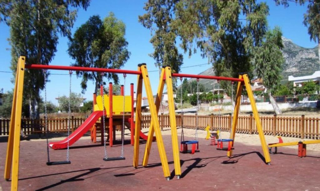 Ανοίγουν οι παιδικές χαρές -Τι πρέπει να κάνουν οι δήμοι