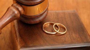 19.190 αποφάσεις διαζυγίων εκδόθηκαν το 2017 από τα Πρωτοδικεία