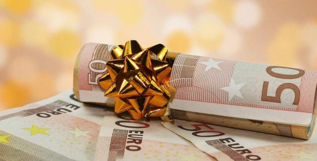 Δώρο Χριστουγέννων 2020: Πότε θα πληρωθεί και πόσα θα λάβουν οι εργαζόμενοι