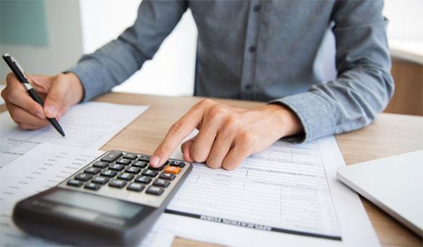 """Φορολογικές δηλώσεις: """"Φωτιά"""" τα πρώτα εκκαθαριστικά  – Έξτρα φόρος 519 ευρώ"""