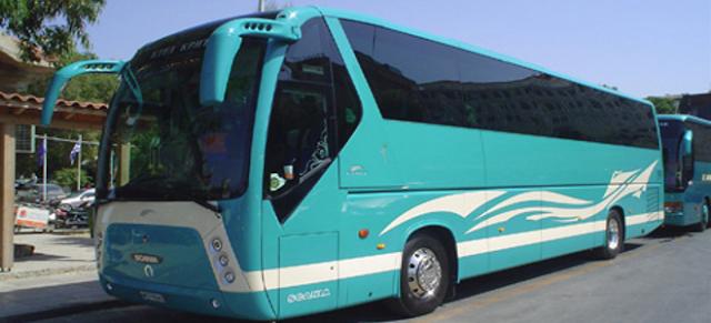 Παρατάθηκε η προθεσμία κατάθεσης πινακίδων και αδειών κυκλοφορίας τουριστικών λεωφορείων