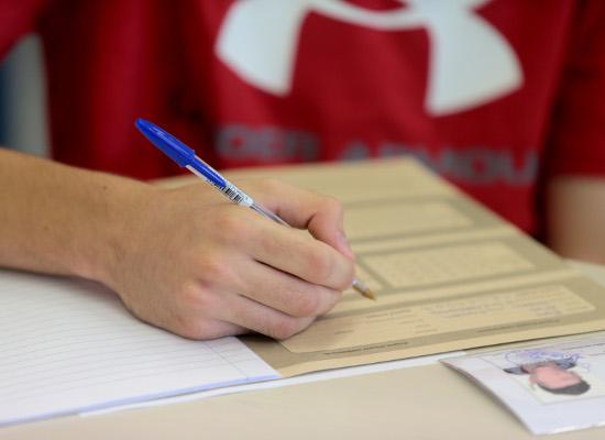 Πανελλήνιες: Τα πανεπιστήμια θα ορίζουν τον αριθμό των υποψηφίων
