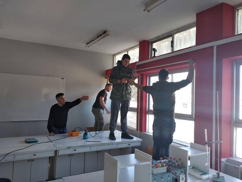 Μαθητές του Λυκείου Θουρίας περιποιήθηκαν το σχολείο τους