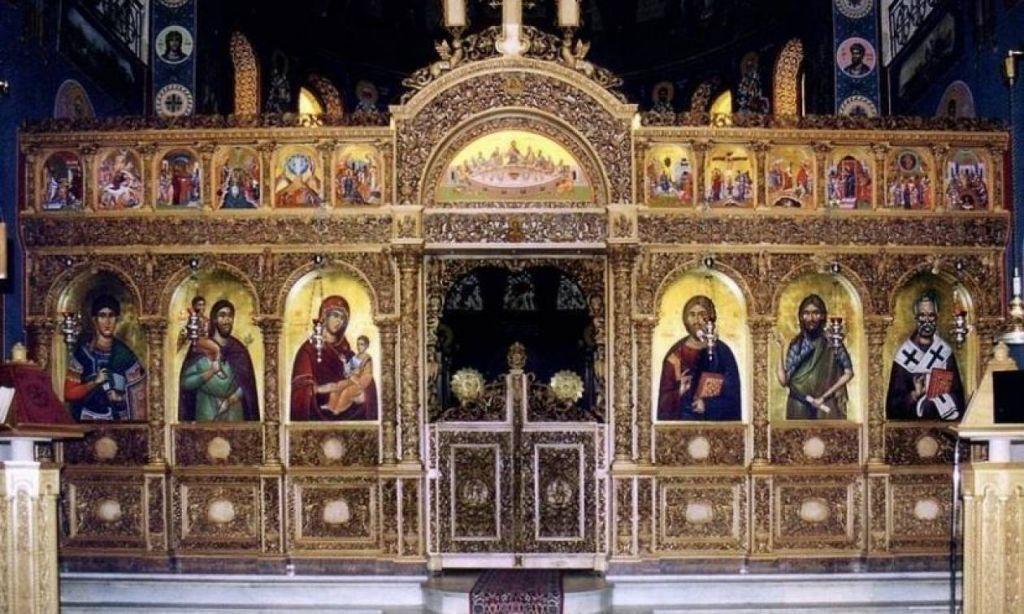 Πάσχα: «Διχασμός» για την Ανάσταση πριν τα μεσάνυχτα