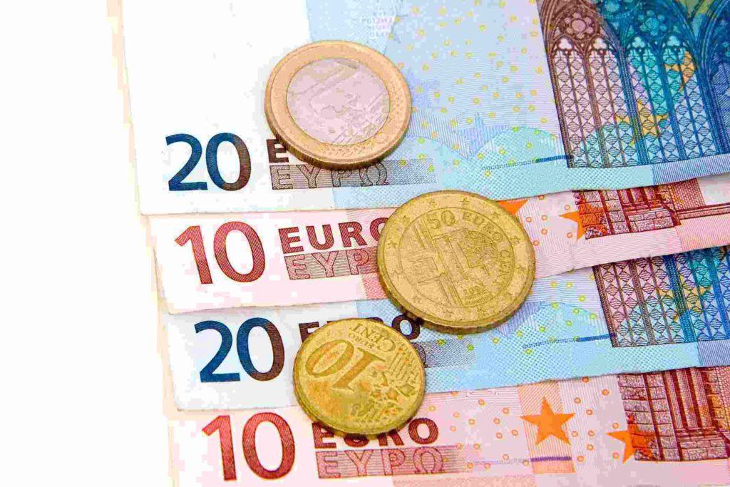 Επίδομα 800 ευρώ: Ημερομηνίες πληρωμών