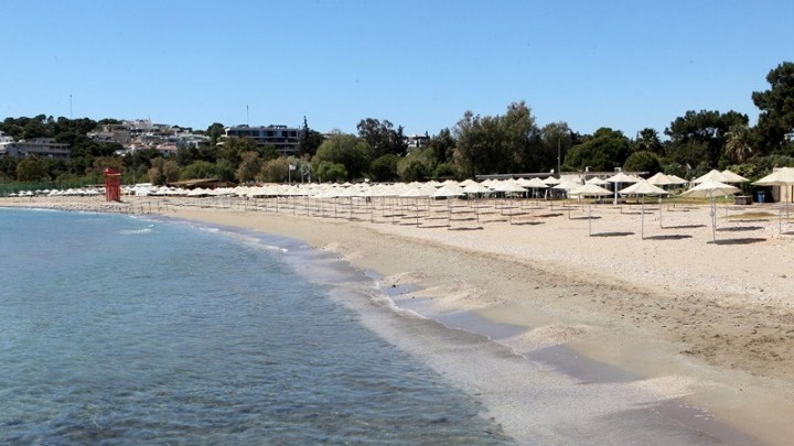 Lockdown – Οργανωμένες παραλίες: Πότε ανοίγουν