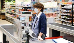 Πέτσας : Εξετάζεται υποχρεωτική χρήσης μάσκας σε περισσότερους κλειστούς χώρους