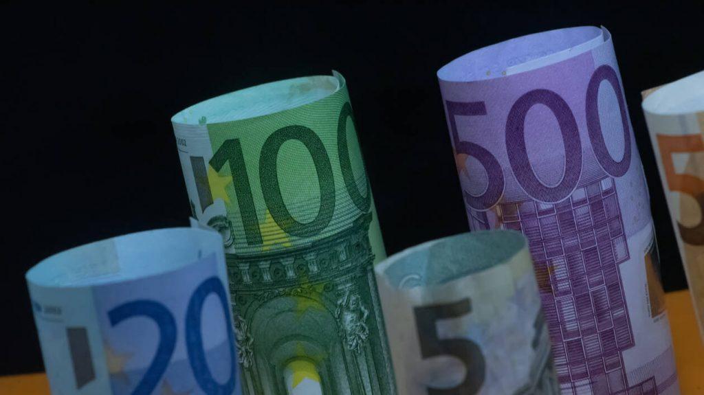 ΟΠΕΚΑ: Πληρωμές για δέκα επιδόματα