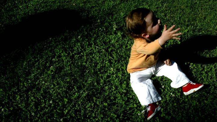 Επίδομα Παιδιού: Πότε πληρώνονται οι δικαιούχοι από τον ΟΠΕΚΑ
