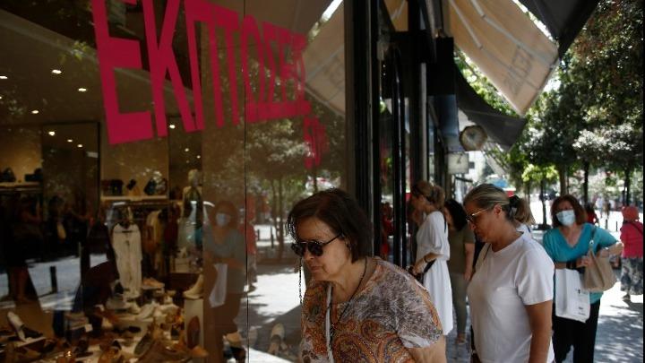 Θερινές εκπτώσεις: Ανοικτά σήμερα τα καταστήματα