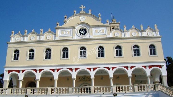 Δεκαπενταύγουστος: Η Ελλάδα γιορτάζει σήμερα την Κοίμηση της Θεοτόκου με ευλάβεια και προσοχ
