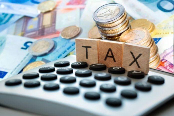 Φορολογικές δηλώσεις: Τι αλλάζει σε τεκμήρια, αποδείξεις και ανείσπρακτα ενοίκια