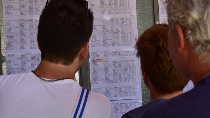 ΣΥΡΙΖΑ για την ταλαιπωρία των υποψηφίων: Πέφτουν ένα-ένα τα «οχυρά» της κυβέρνησης των «αρίστων»