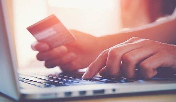 Ηλεκτρονικές αποδείξεις: Υποχρεωτικά στο 30% του εισοδήματος – Ποιοί εξαιρούνται