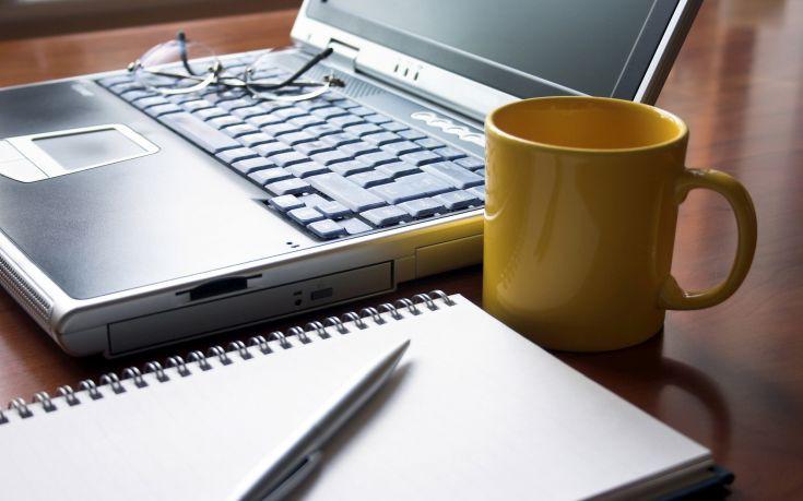 Voucher 200 ευρώ για tablet και laptop: Οδηγίες για δικαιούχους